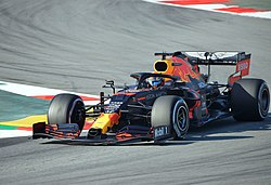 Alexander Albon-Red Bull RB16 (3).jpg
