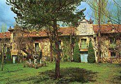 Almarza.(Soria) casas castellanas de los Almarza y Sainz-Pardo.jpg