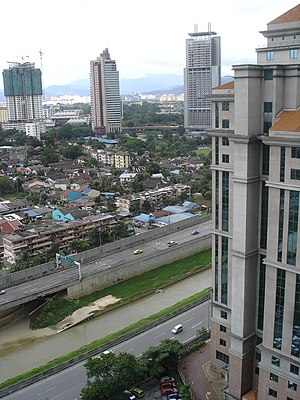 Ampang–Kuala Lumpur Elevated Highway - The Ampang–Kuala Lumpur Elevated Highway stretch between Jalan Tun Razak and Jalan Sultan Ismail exits with Kampung Baru in the background