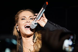 Anastacia - Resurrection Tour 04.jpg