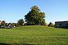 foto van Terrein waarin overblijfselen (heuvel) van het voormalige nonnenklooster