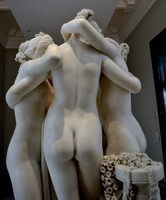 Antonio Canova (1757-1822) - The Three Graces, Woburn Abbey version (1814-1817) back thighs upward, Victoria and Albert Museum, April 2013 (11059762533).png