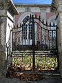 Ao abandono - abandoned (17681553724).jpg
