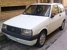 https://upload.wikimedia.org/wikipedia/commons/thumb/1/1d/Autobianchi_Y10_LX_front.jpg/220px-Autobianchi_Y10_LX_front.jpg