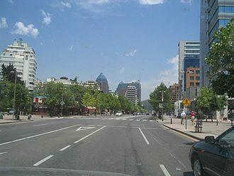 Santiago Metropolitan Region - Image: Av Isidora Goyenechea STGO