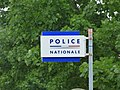 Avenue Charles de Gaulle, Beaune - Police Nationale - sign (34807989503).jpg