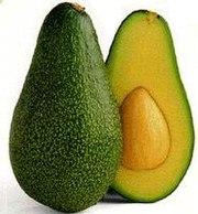 Плод авокадо (сорт 'Fuerte'); слева: целиком, справа: в разрезе