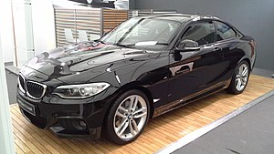 BMW 2 Series - Image: BMW 2 Series F22 Avignon Motor Festival 2014 03 23