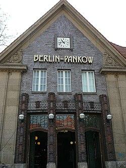 Bahnhof Berlin-Pankow.jpg