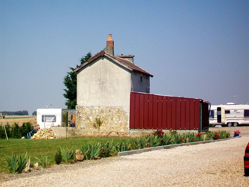 File:Banthelu (95), ancienne gare CGB de Cléry-en-Vexin 02.jpg