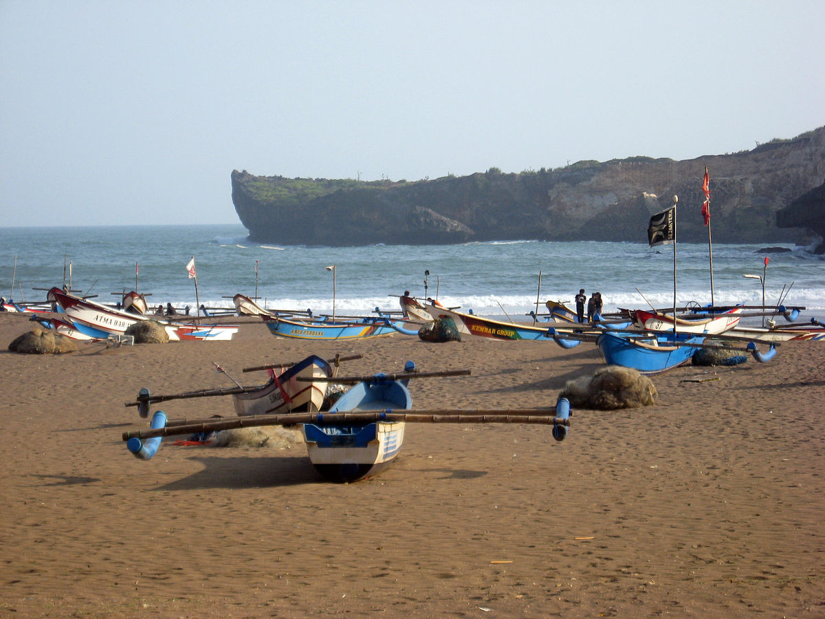 wisata perahu di jogja Pantai Baron Wikipedia Bahasa Indonesia Ensiklopedia Bebas