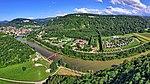 Baume-les-Dames, le Doubs, le canal, la halte fluviale et le camping.jpg