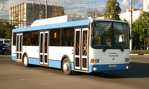 Автобус ЛиАЗ, работающий на