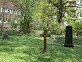 Berlin-Steglitz Friedhof vor Matthäuskirche 1.jpg