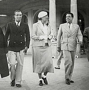Argentine literature - Adolfo Bioy Casares, Victoria Ocampo and Jorge Luis Borges in Mar del Plata, 1935.
