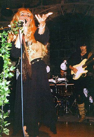 Medieval folk rock - Blackmore's Night performing in Heidelberg 2002
