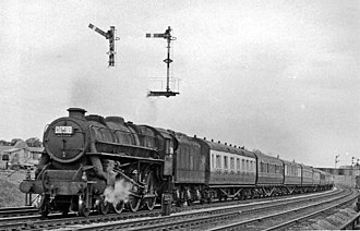 LMS Stanier Class 5 4-6-0 44686/7 - 44686 with a Manchester-London Cup Final Special approaching Bletchley in 1957