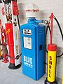 Bleu Crown Beckmeter petrolpump pic2-001.JPG
