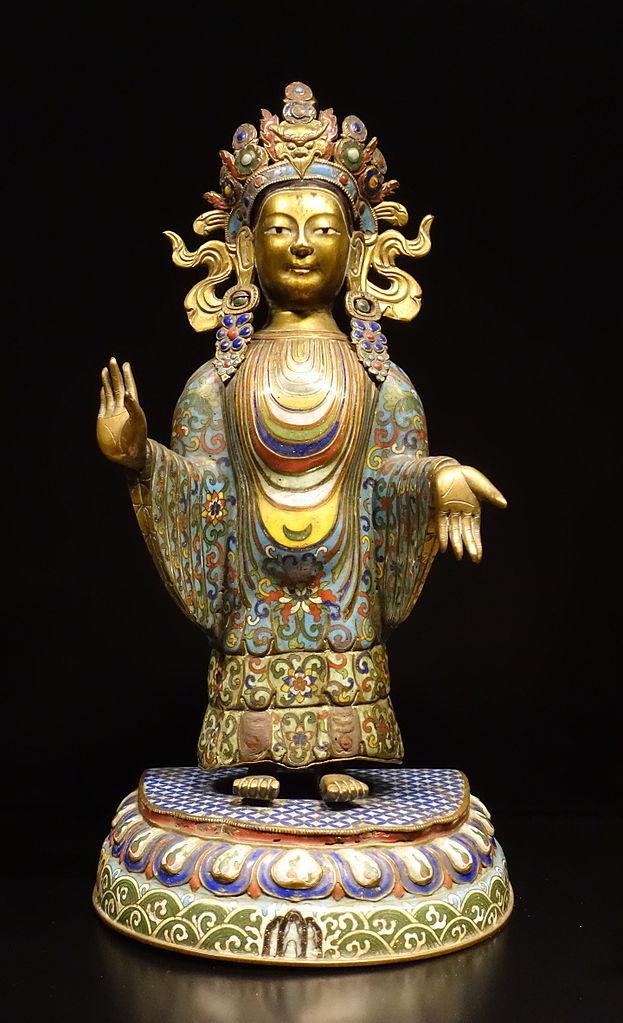 Bodhisattva, style sino-tibétain, période Qianlong, 1736-1795, émail de cuivre - Museu do Oriente à Lisbonne, Portugal.