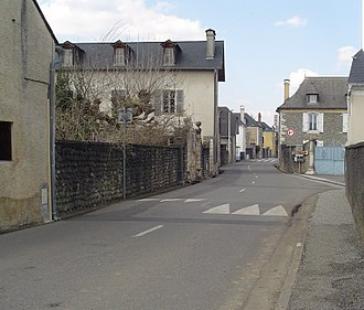 Bordères - A street in the village