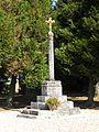 Bouconvillers croix cimetière.JPG