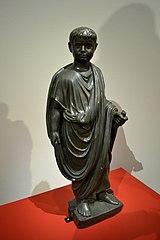 Statue d'un enfant en toge : Britannicus ? (Florence, Galerie des Offices)