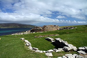 Broch of Gurness - Image: Broch of Gurness in summer 2012 (2)