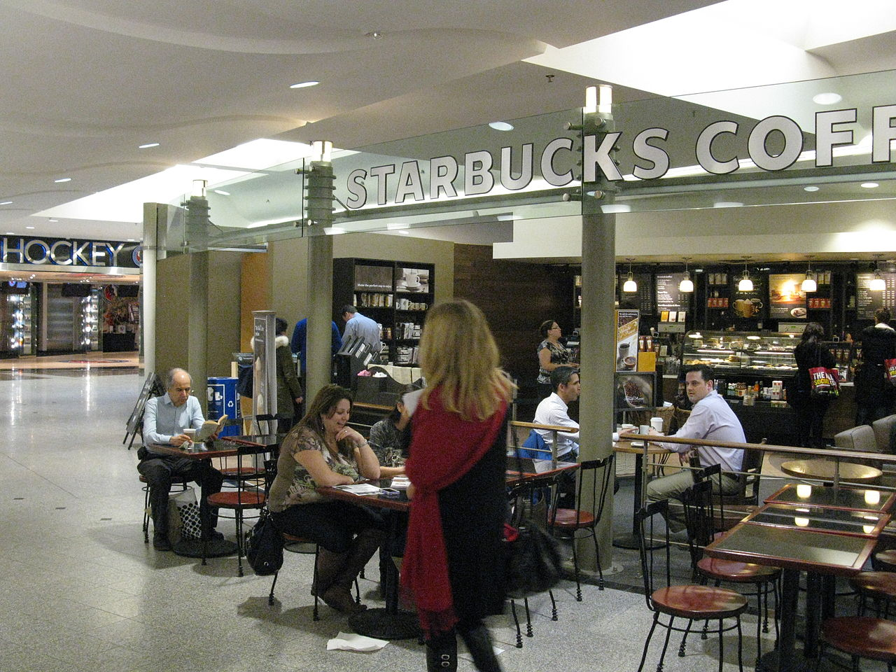 How could there not be a Starbucks underground? (Image Credit: booledozer, Wikimedia)
