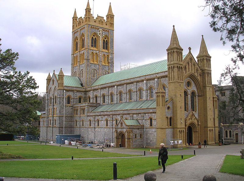 File:Buckfast Abbey, 19 March 2013 (2).jpg