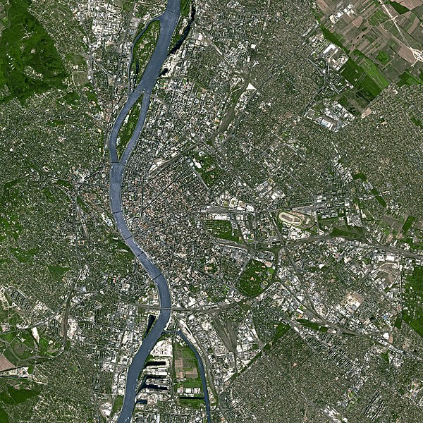 File:Budapest SPOT 1022.jpg