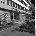 Bundesarchiv B 145 Bild-F027090-0008, Bonn, Adenauer-Allee, Raiffeisen Zentralbank.jpg