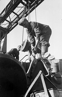<i>Nebelwurfgerät</i> Turret mounted launcher