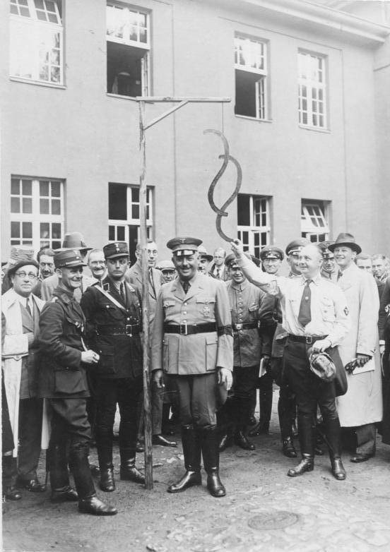 Bundesarchiv Bild 102-14899, Jüterbog, Referendarlager