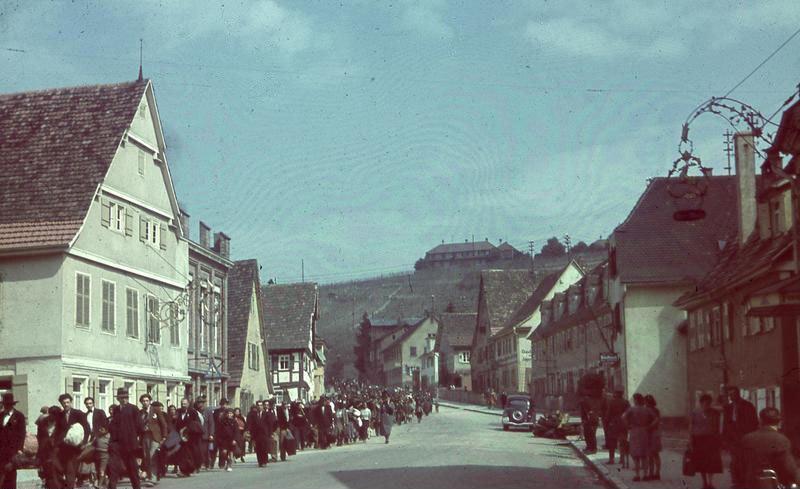 Bundesarchiv R 165 Bild-244-42, Asperg, Deportation von Sinti und Roma