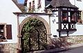 Burrweiler Weinstr 17.jpg