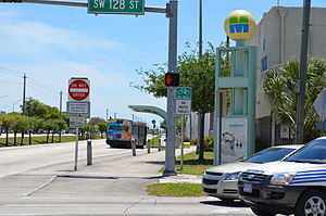 Metrobus (Miami-Dade County) - a bus station and a level crossing on the South Miami-Dade Busway (2012)