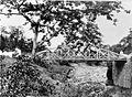 COLLECTIE TROPENMUSEUM Gietijzeren boogbrug bij Soerakarta. TMnr 60002360.jpg