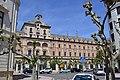Callejeando por Burgos (35298735572).jpg