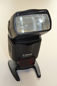 Canon Speedlite 430EX II front.jpg