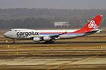 Cargolux Italia, LX-YCV, Boeing 747-4R7 F (16430603946) (2).jpg