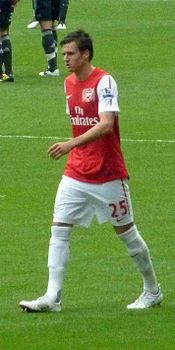 Carl Jenkinson vs Liverpool 2011.jpg