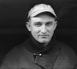 Carl Mays - Image: Carl Mays, 1915