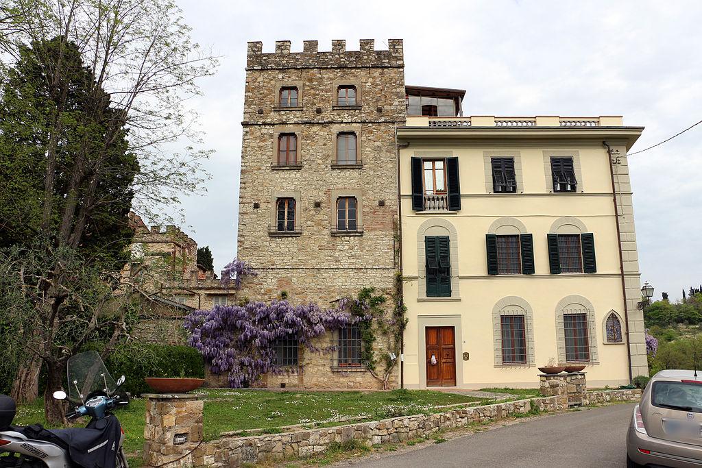 File casa di parigi corbinelli 01 jpg wikipedia for Casa di 750 m