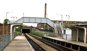 Castle Bar Park railway station - View southward, towards West Ealing and Hanwell