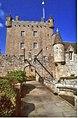 Cawdor Castle 1996.jpg