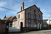 Charonville mairie église Saint-Gilles Eure-et-Loir France.jpg