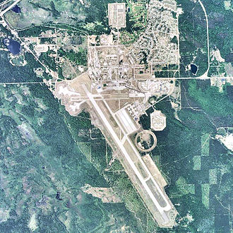 Chippewa County International Airport - USGS 2006 orthophoto