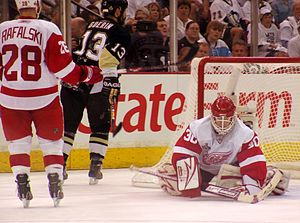 2009 Stanley Cup Finals - Osgood makes a save in Game 6