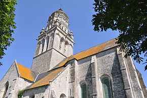 Church of Sainte-Marie-du-Mont (France).JPG