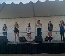 Cimorelli beim Malibu Chili Cook-Off (3.September 2011)